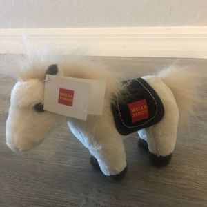 Wells Fargo mini pony El Toro
